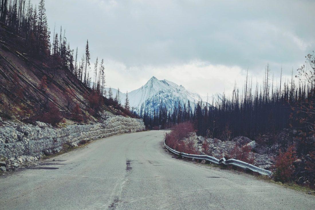 mountain-1209768_1280