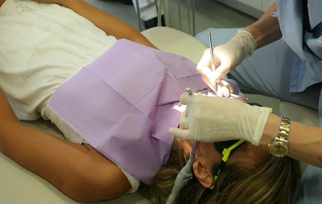 dentist-1427291_640