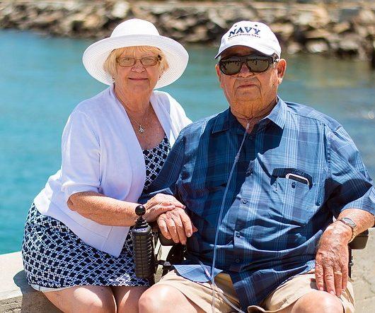 grandparents-1054311_640
