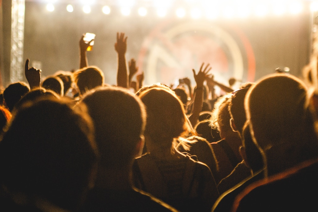 5 ways to score great deals on event tickets all consuming